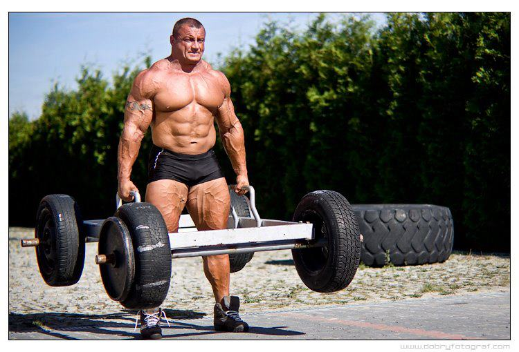 Strongman training for muscle building