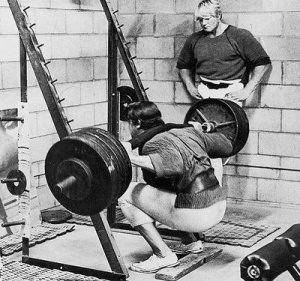 squats for muscle building
